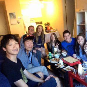 ブリガムヤング大学学生とのホームパーティー